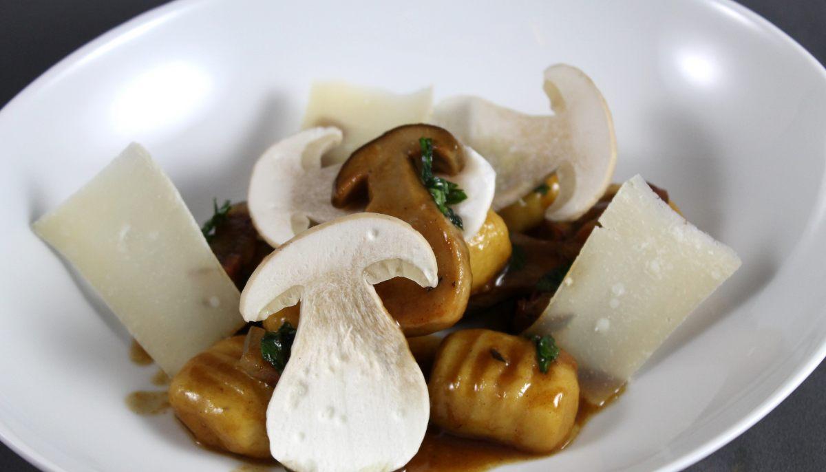 Recette de gnocchi de pomme de terre c pes parmesan par - Offrir un cours de cuisine avec cyril lignac ...