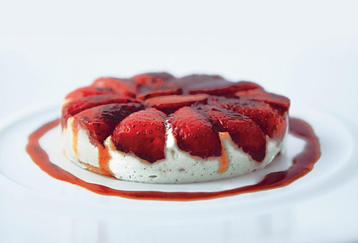 Tian aux fraises par l 39 cole de cuisine alain ducasse for Alain ducasse ecole de cuisine