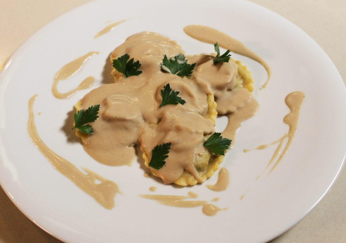 Ravioles au foie gras et sauce aux champignons