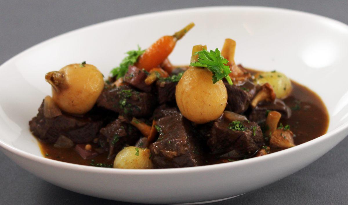 Recette de b uf bourguignon - Cuisiner le paleron de boeuf ...