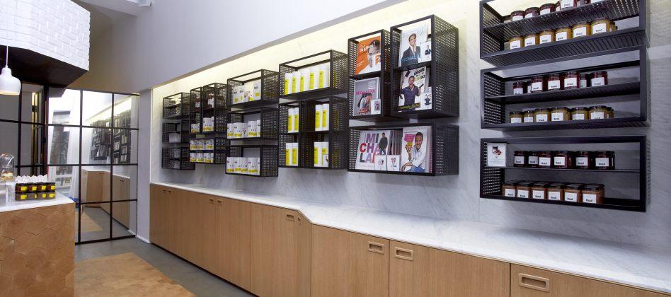 le michalak masterbook d poussi re le livre de recettes de p tisserie. Black Bedroom Furniture Sets. Home Design Ideas