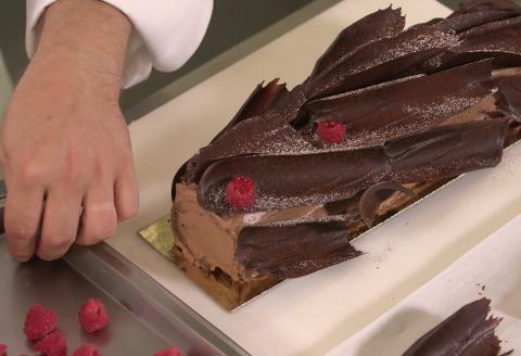 Buche de noel framboise chocolat noir