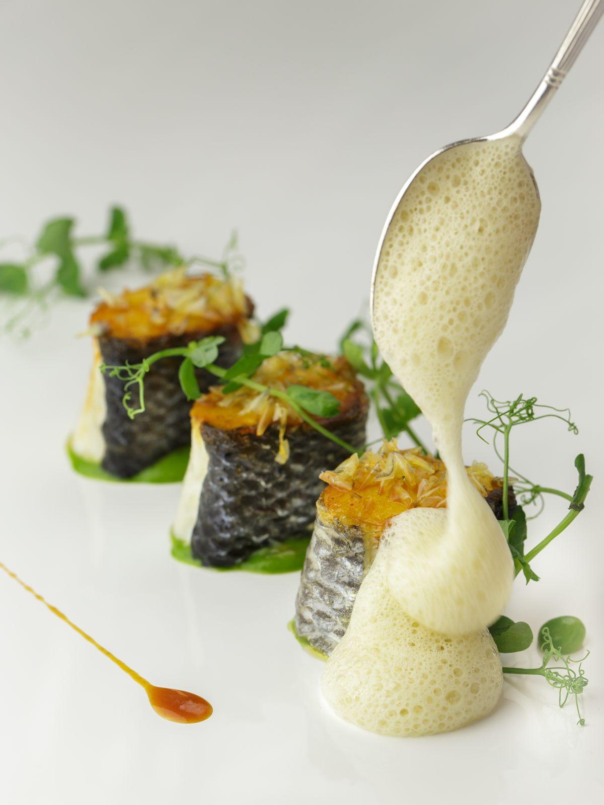 Recette de bar de ligne et petits pois par arnaud lallement - Offrir un cours de cuisine avec cyril lignac ...