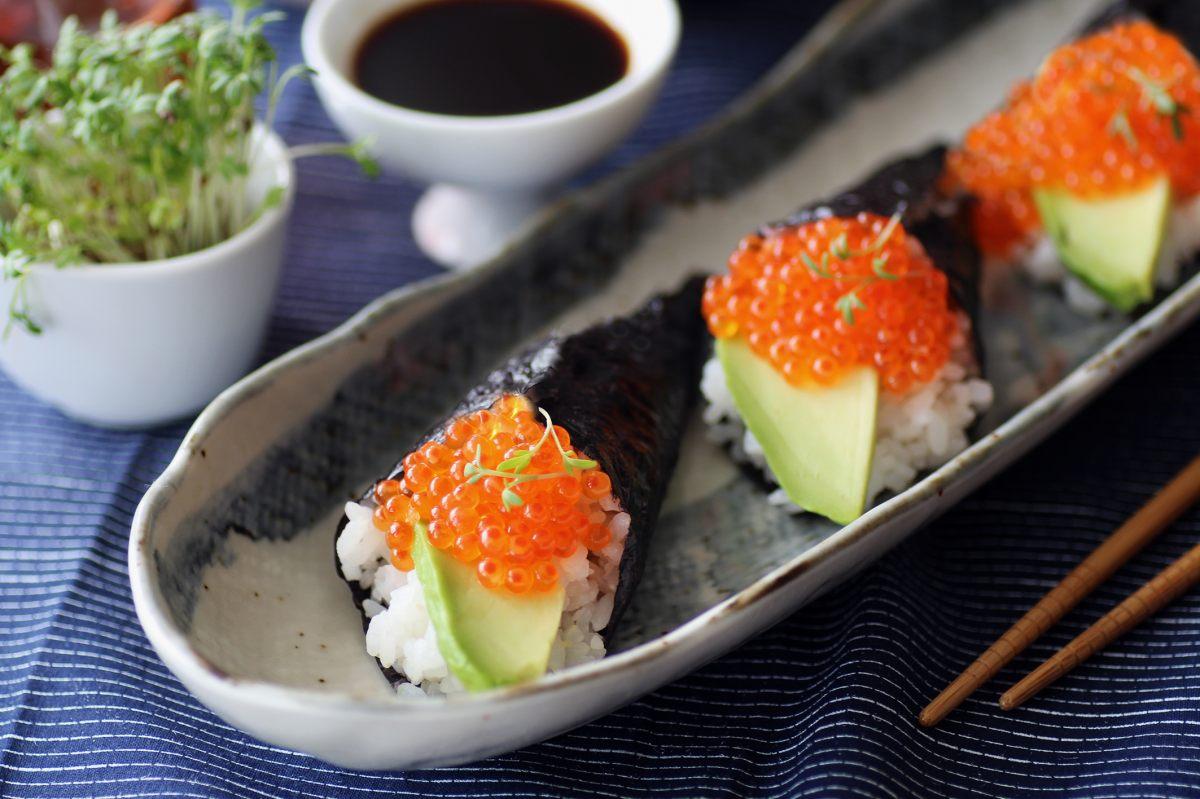 Recette de temaki sushi aux ufs de truite par casino - Offrir un cours de cuisine avec cyril lignac ...