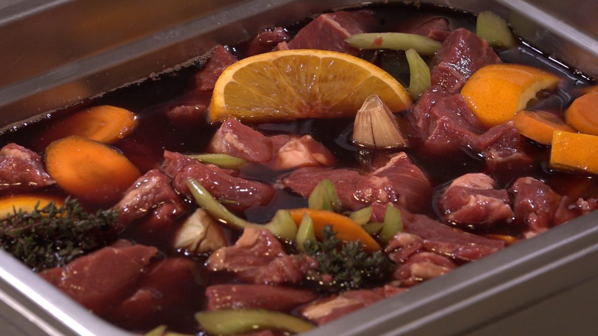recette de marinade pour daube de boeuf. Black Bedroom Furniture Sets. Home Design Ideas