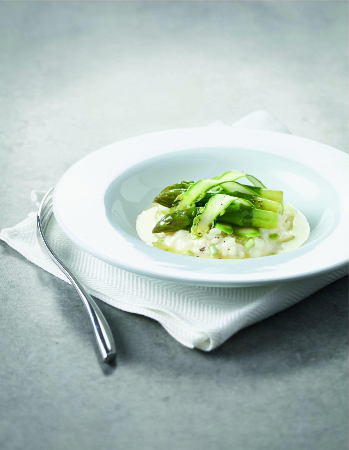 Risotto aux asperges vertes par l 39 cole de cuisine alain for Alain ducasse ecole de cuisine