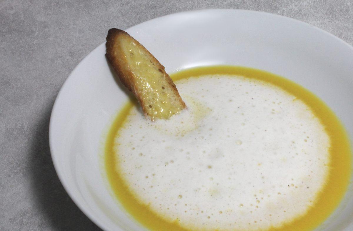 Soupe de potiron et émulsion de comté