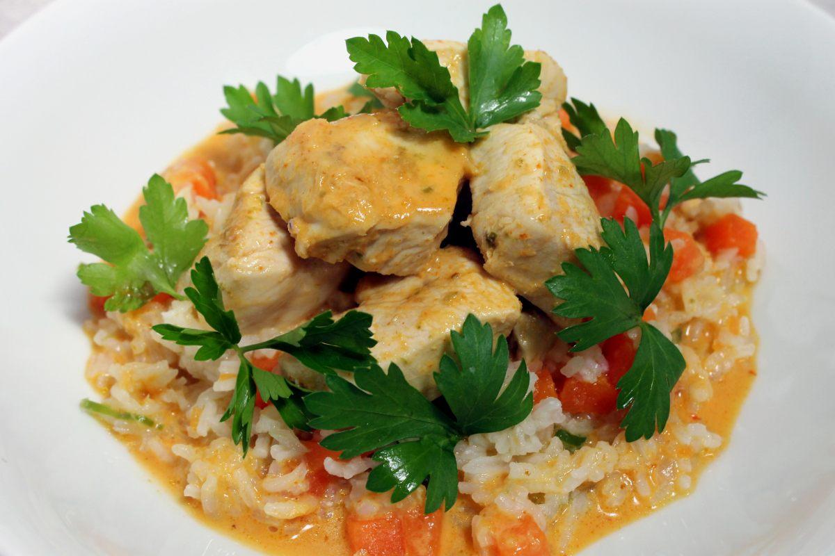Poulet au curry, lait de coco, riz
