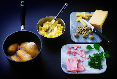 recette de boulettes de pommes de terre au fromage. Black Bedroom Furniture Sets. Home Design Ideas