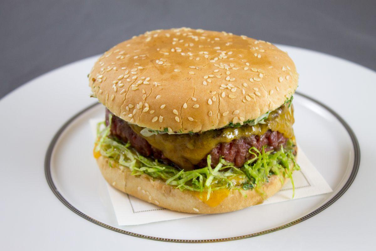 Cheeseburger à l'échalote