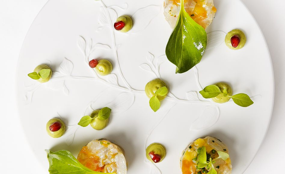 recette de Ceviche de bar, mangue, avocat, yuzu par alan geaam