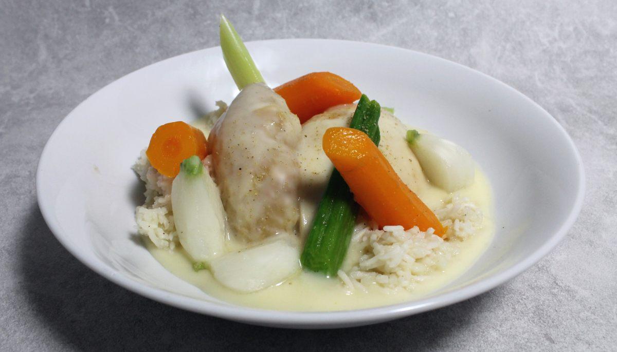 Recette de poule au pot riz sauce ivoire par alain ducasse - Cuisine poule au pot ...