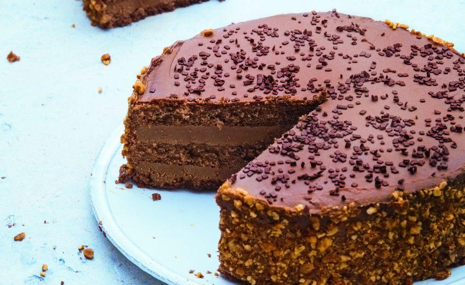 de la génoise au chocolat et sa ganache pralinée