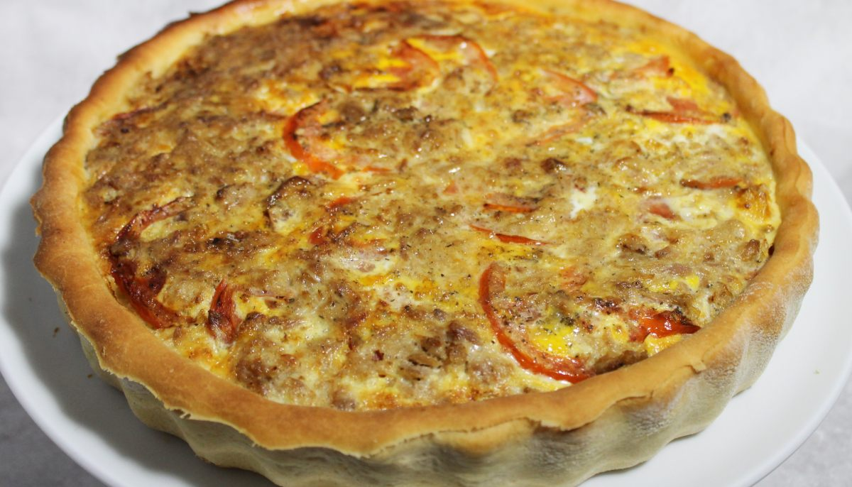 recette de quiche pizza au thon par alain ducasse. Black Bedroom Furniture Sets. Home Design Ideas
