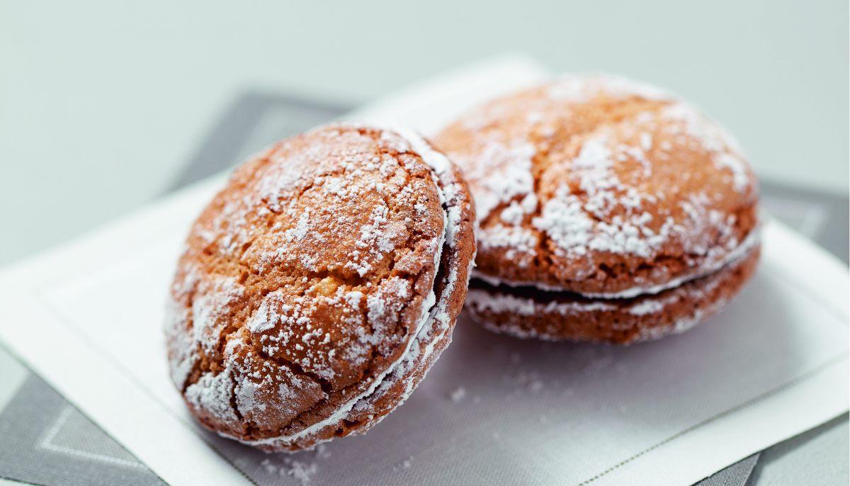 Macarons craquel s par cole de cuisine alain ducasse for Alain ducasse ecole de cuisine