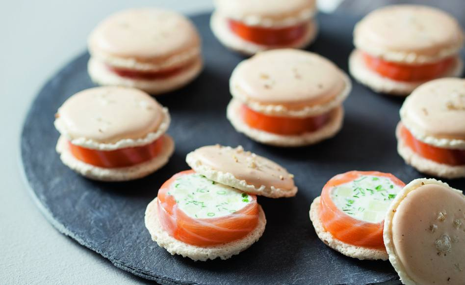 recette de macarons ch vre frais saumon et pomme verte. Black Bedroom Furniture Sets. Home Design Ideas
